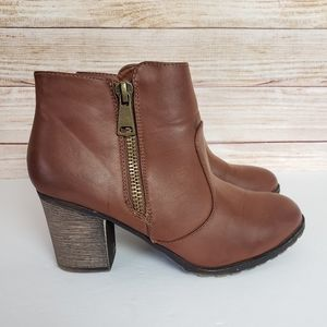 Bamboo faux leather booties